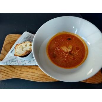 Густий суп з морепродуктами