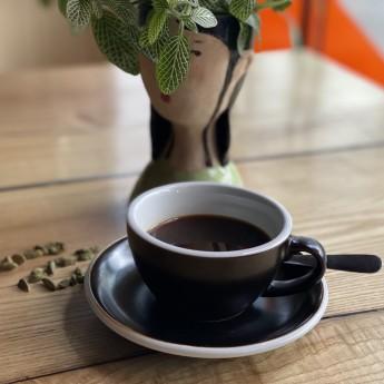 Мелена кава з кардамоном